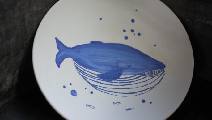 藍彩揮灑_青花瓷盤彩繪
